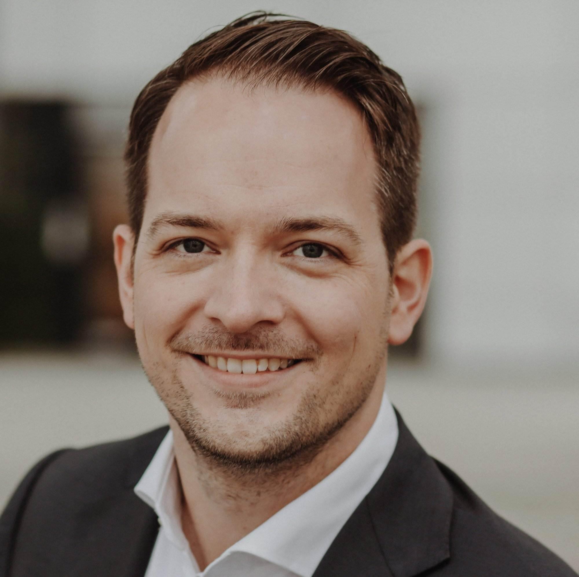 Als Unternehmen die beste SAP Personalberatung finden 357A1019 groß scaled  tipps, personalberatung, fuer-manager Unternehmen, Tricks, Tipps, Schwarze Schafe, Personalberatung, Personalberater, Manager, IT, HR, Headhunting, Fachbereich, Executive Search sap personalberater SAP Kandidaten SAP Jobs