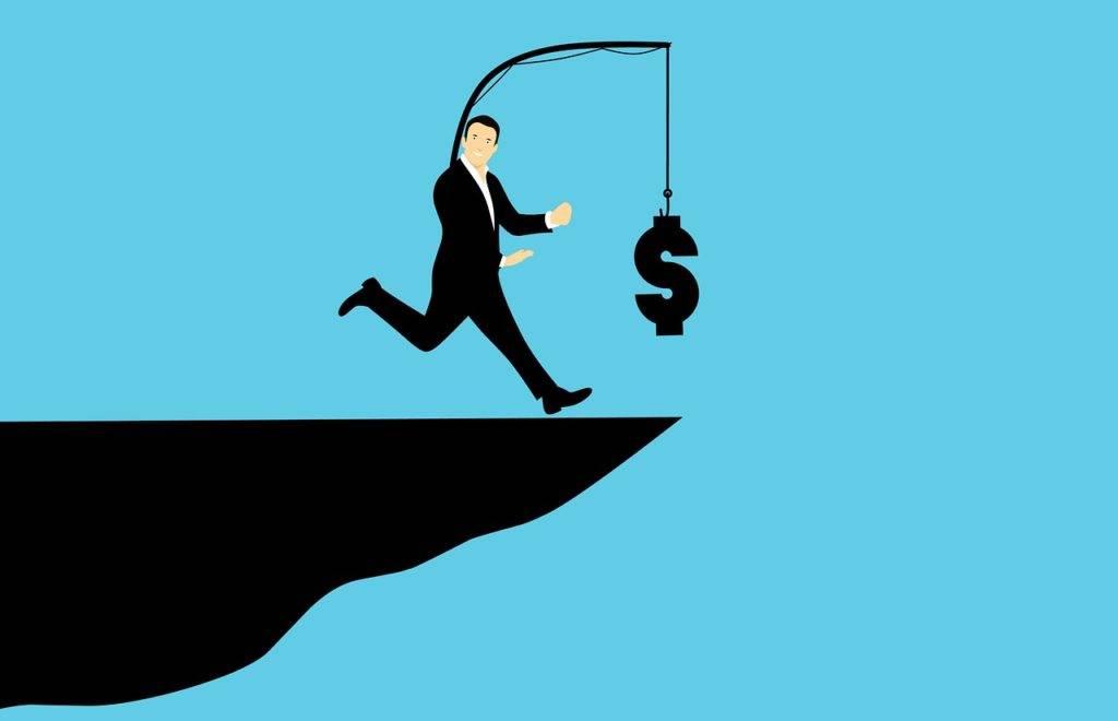 Make it Rain: Prämien im Bewerbungsprozess geld jagen berg 1024x660  tipps, sourcing, recruiting, mitarbeiterbindung, fuer-manager Unternehmen, Tricks, Tipps, Sourcing, Recruiting, Manager, HR, Empfehlungen, Bewerbungsprozess sap personalberater SAP Kandidaten SAP Jobs